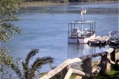 Fishing Boats River Ebro - El Figueral Rural Tourism Spain