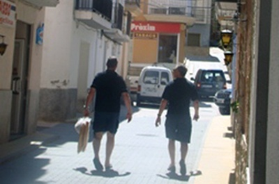 Off to the supermarket - El Figueral Rural Tourism Spain